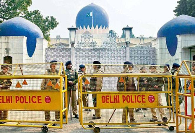 Two Pakistani High Commission officials caught spying; expelled from India