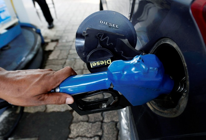 Petrol increases by Rs 1 in Delhi in 8 days; diesel prices remain unchanged