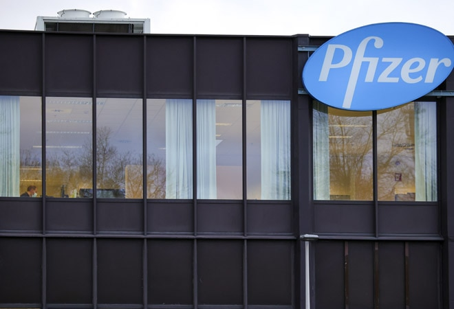 'Not certain': Pfizer CEO on whether COVID vaccine stops transmission