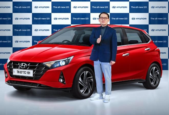 Hyundai launches new i20 at Rs 6.9-11.18 lakh; aims to dethrone Maruti's Baleno