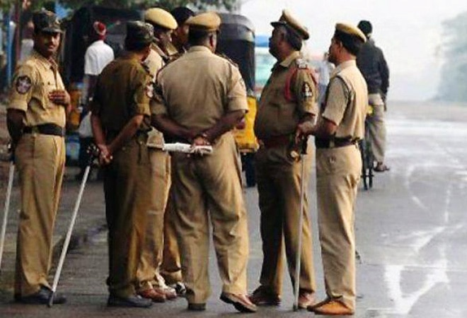 UP police to initiate action against those spreading rumours that 5G trials cause COVID-19 infection