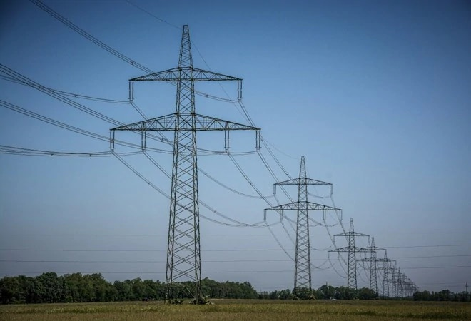 India's power generation surges for first time in 5 months in early August
