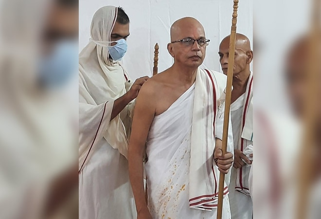 From a Reliance executive to Jain monk: Journey of Prakash Shah