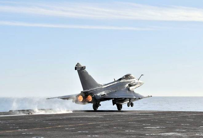 Defence Minister, IAF Chief to take delivery of first Rafale fighter jet next month