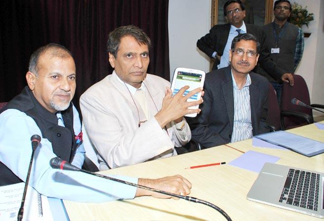 Railways launches customer complaint mobile app