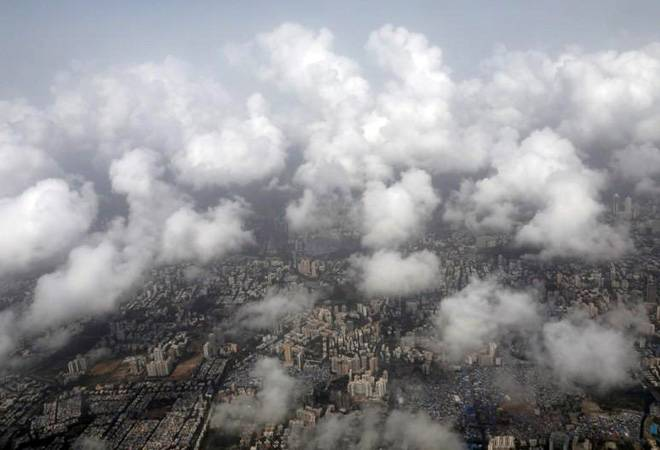 Delhi weather update: Dust storms in some parts of city, rain in other areas