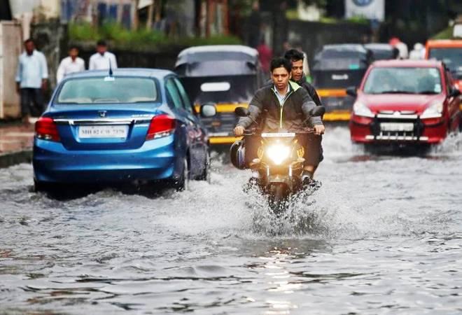 Mumbai rains: IMD predicts heavy rainfall, thunderstorm for next 2 days