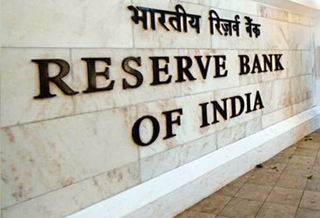 5 reasons behind RBI's sudden 'hands-off' policy in forex market