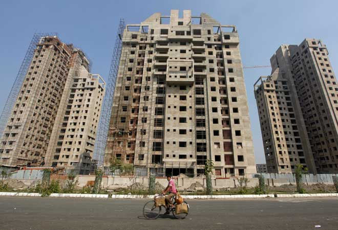 1.02 crore houses lying vacant in India, says CBRE