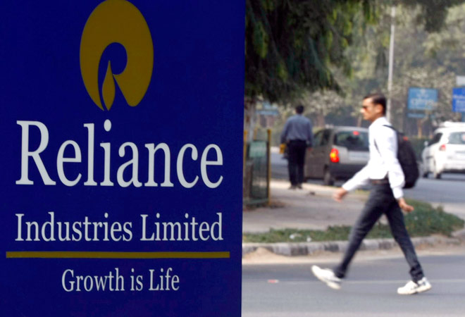 RIL, SBI apply for payments bank licence