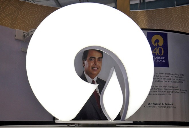 RIL's shale gas dream hangs in balance as gas price falls