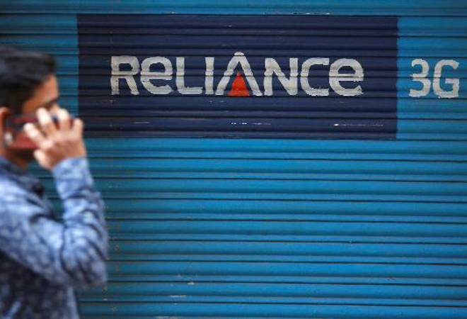 RCom lenders likely to vote on asset bids from UVARC, Reliance Jio
