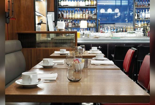 Coronavirus: Restaurants to axe 1.5 million jobs; Swiggy, Zomato to continue delivery under curfew
