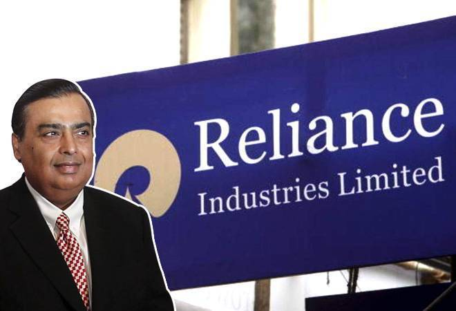 Reliance Industries' rights issue share debuts at Rs 690