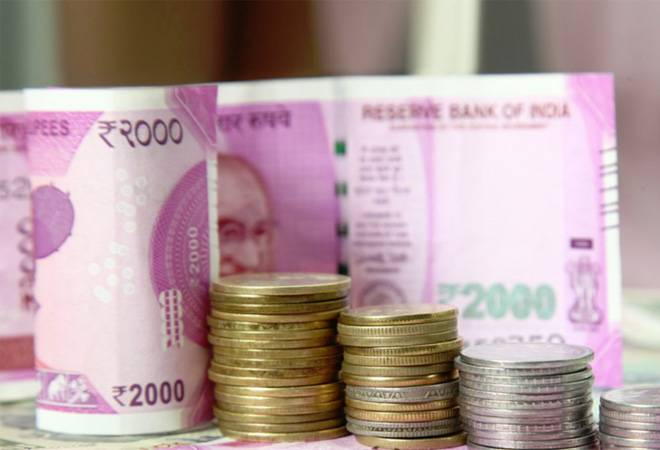 Rupee rises 23 paise to 68.74 against the US dollar in early trade Friday