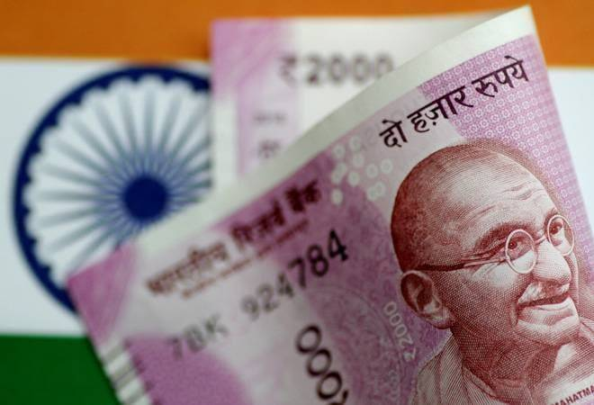 Rupee vs dollar: Rupee strengthens 17 paise to 71.67 on easing US-China trade tensions