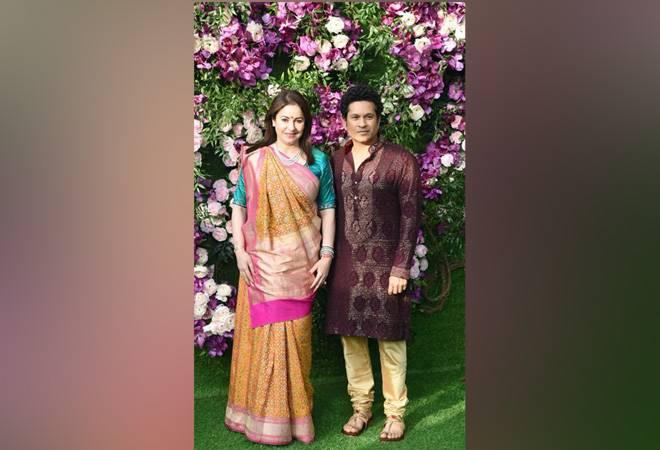 Ahead of IPL 2019, Mumbai Indians reunite at Akash Ambani and Shloka Mehta's wedding