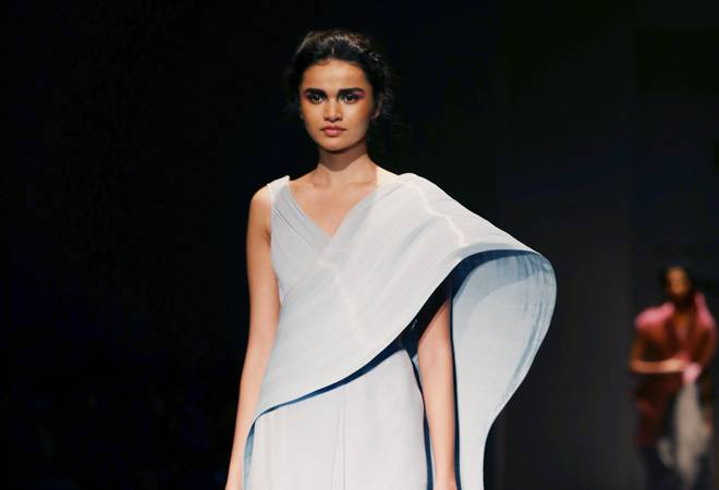 Rimzim Dadu opens India Fashion Week with a dazzling display of technique and technology