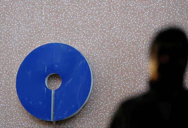 SBI Q2 profit jumps three-fold to Rs 3,012 crore on higher net interest income