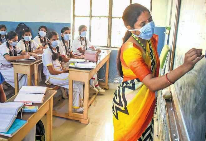 Delhi schools to reopen for Class 10, 12 from Jan 18