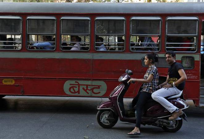 Govt may allow licence to 16 to 18 year olds to ride e-scooters