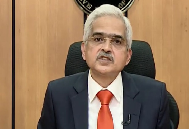 Growth momentum needs to strengthen further for sustained economic revival: RBI Governor