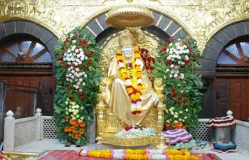 Shirdi bandh: Shops, eateries, transport shut over Sai Baba birthplace row