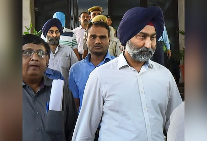 Delhi court seeks action report on Malvinder Singh's complaint against brother Shivinder, RSSB chief Dhillon, Sunil Godhwani