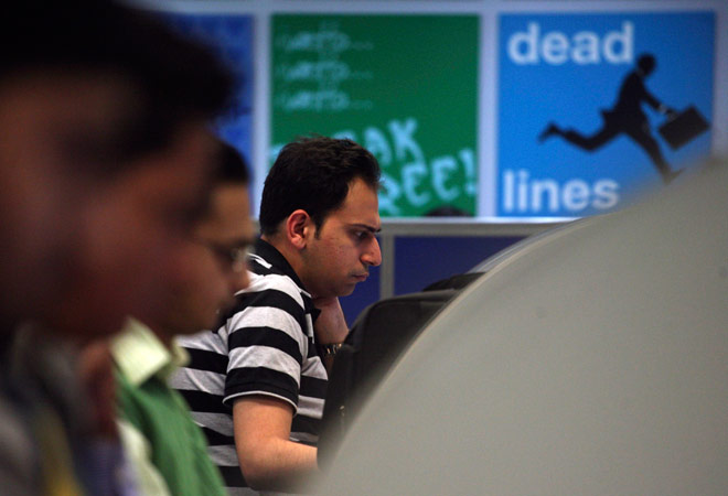 Snapdeal buys financial services startup RupeePower