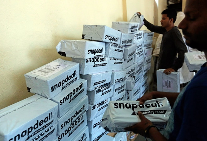 Snapdeal buys Freecharge in mobile transactions push