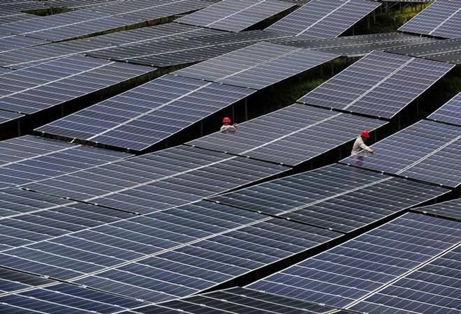 Power Minister says that states are not buying solar power even at lowest rates