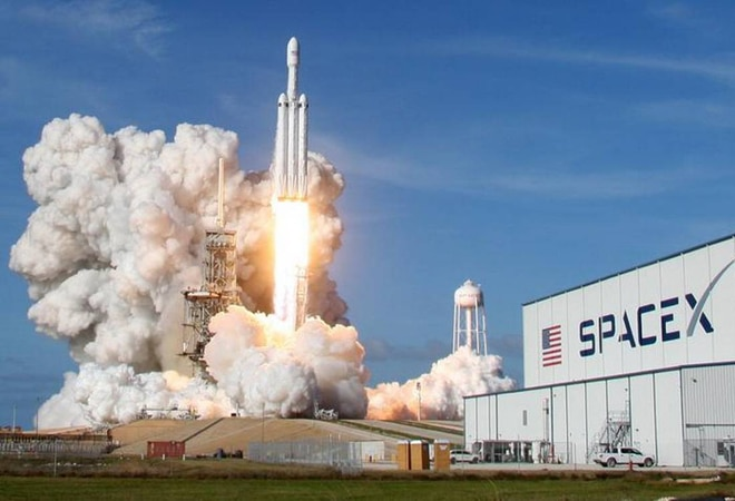 College science professor, data analyst part of SpaceX crew for first all-civilian spaceflight