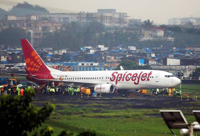 SpiceJet converts 3 78-seater Q400 passenger aircraft to freight jets