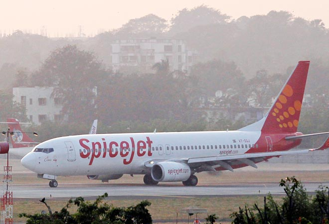 SpiceJet opens advance bookings up to March next year