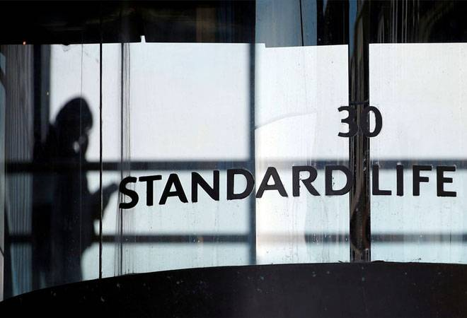 Standard Life to sell 1.78% stake in HDFC Life for Rs 1,404 crore