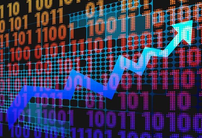 Why is the stock market rising amid economic slowdown? A portfolio manager decodes