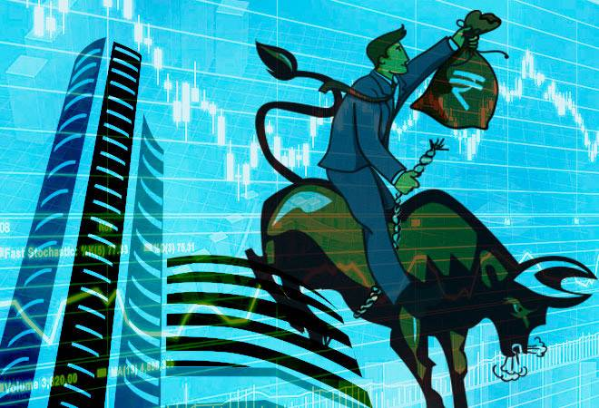 Sensex falls 59 points to 33,777, Nifty down 19 points to 10,444 on profit booking; Dr Reddy's, Bharti Airtel, Tata Steel top losers