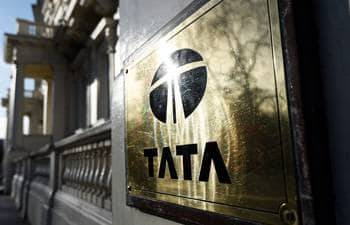 Tata Motors raises $425 mn via unsecured offshore bonds