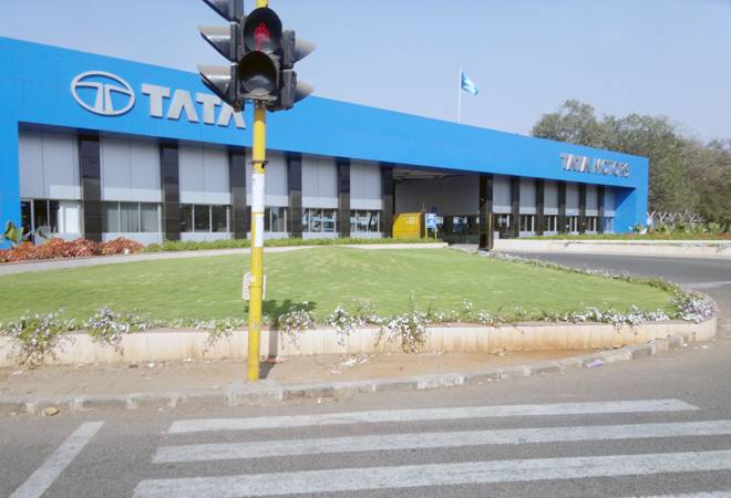 Why Tata Motors share price fell over 3% today