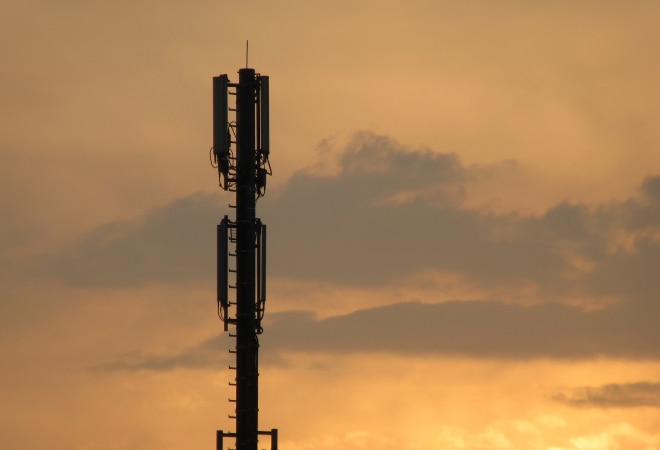 Spectrum auction to begin on March 1; DoT invites applications