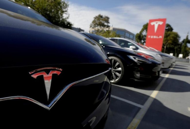 Tesla halts plans to buy land in Shanghai over US-China tensions