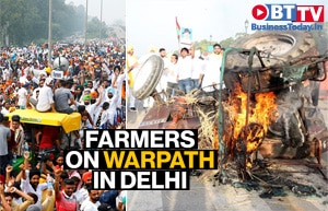 Farmer protests against new farm laws turn violent in Delhi