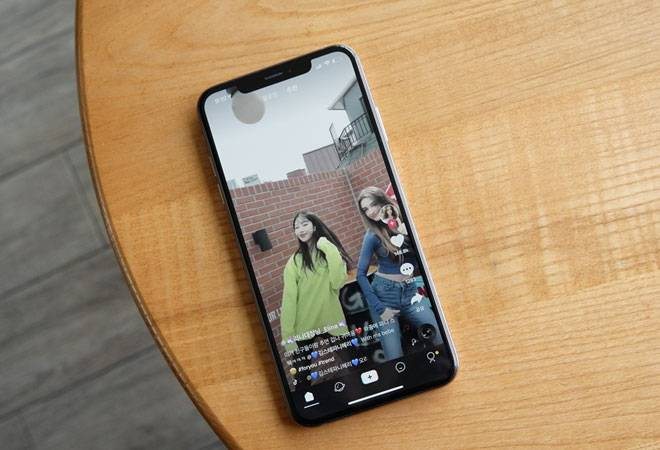 TikTok asks advertisers to prepare for possible ban in US