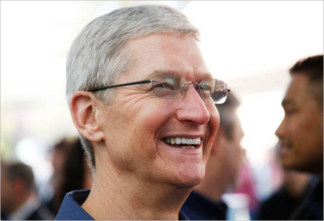 Demonetisation great move for India in longer term: Apple CEO