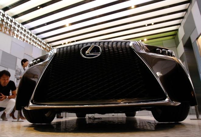 Toyota to recall 1,880 Lexus vehicles in China