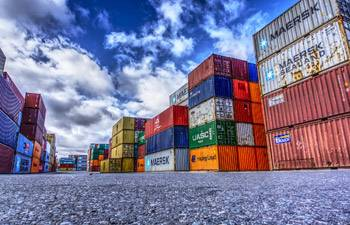 Japan's exports tumble amid slow recovery from COVID-19 downturn