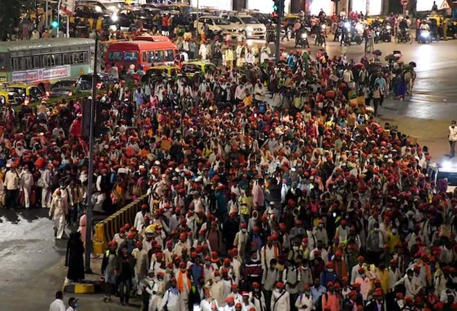 NCP's Sharad Pawar to address Mumbai farmer's rally at Azad Maidan