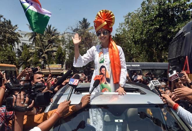 Lok Sabha Elections Results 2019: Urmila Matondkar cries foul after losing from Mumbai North