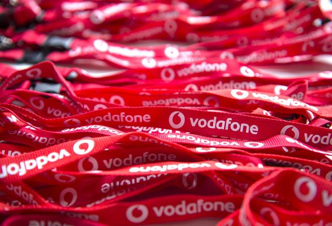 Vodafone launches Rs 1,499 unlimited annual prepaid plan; check out details here
