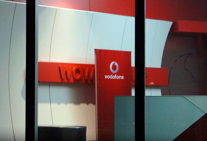 Vodafone launches Rs 351 recharge plan with unlimited calling, but there's a catch